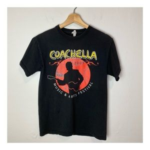 🍓COACHELLA Music Arts Festival 2019 TShirt SMALL